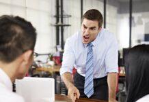 Tanda-Tanda Bahwa Anda Telah Menjadi Korban yang Dirugikan di Tempat Kerja