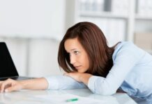 Berikut Tips Agar Tidak Terpengaruh Rekan Kerja Pemalas